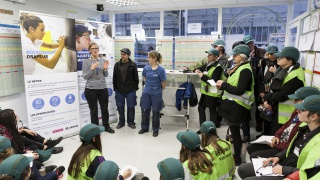 Près de 80 collégiennes et lycéennes ont pu découvrir l'usine Airbus de Nantes