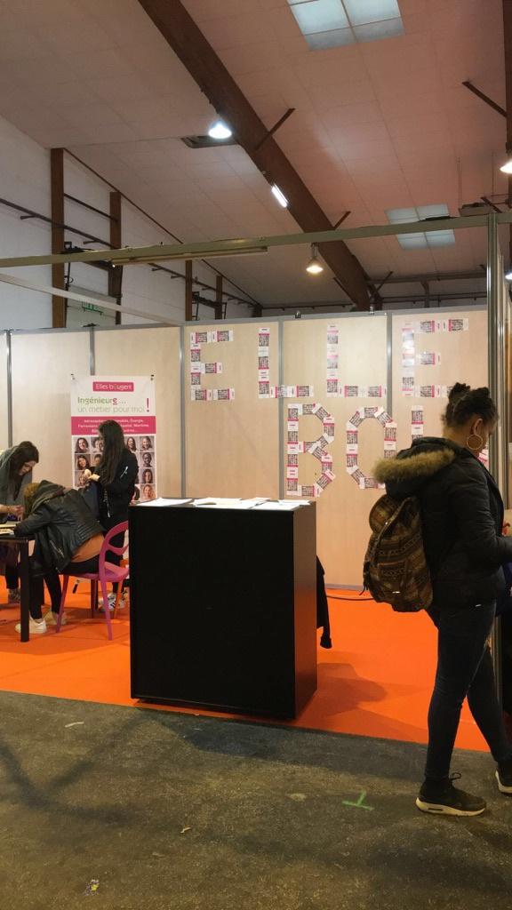 Elles bougent salon de l 39 etudiant de rennes for Salon etudiant rennes