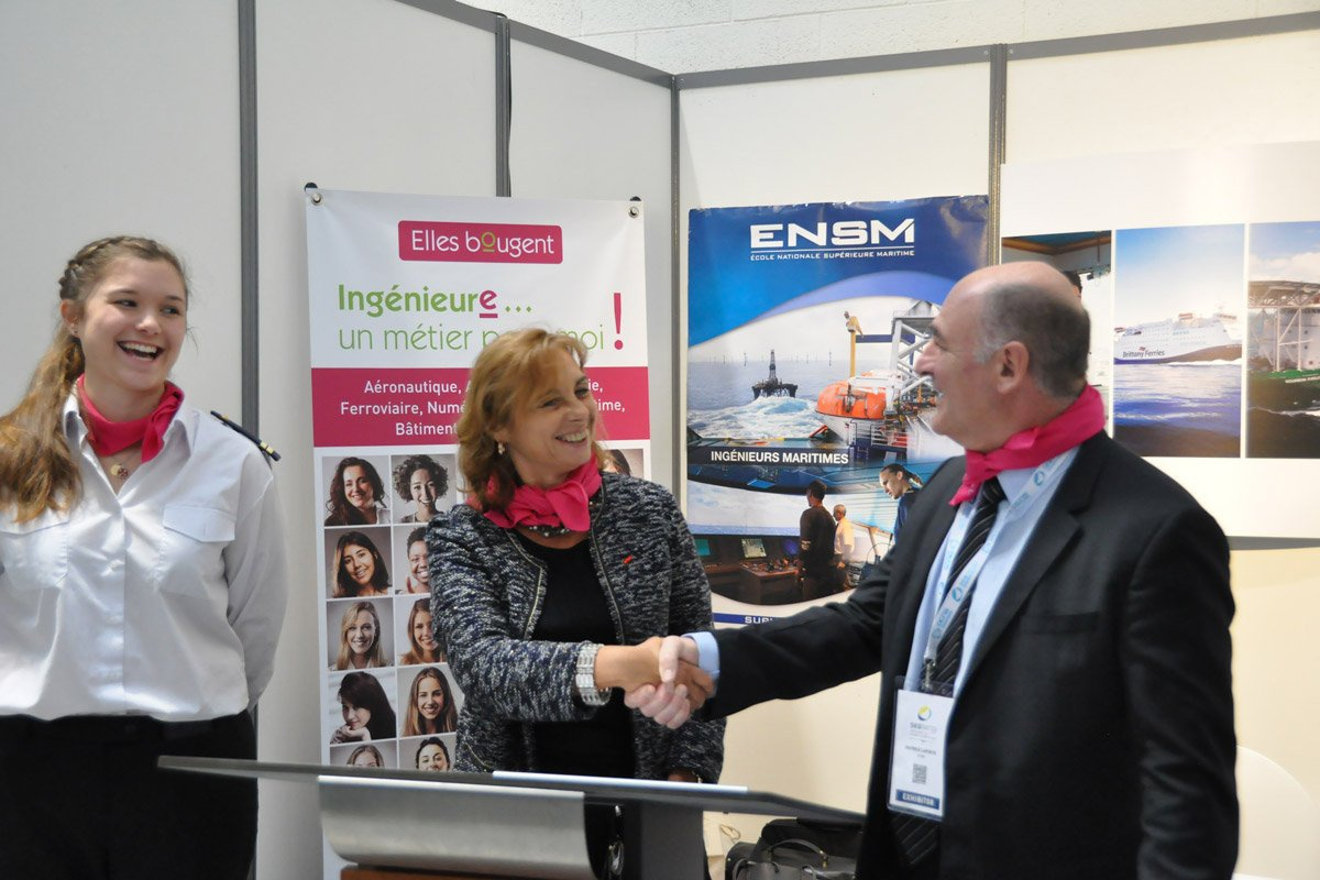 Signature du partenariat avec l'ENSM au salon Seanergy Normandy