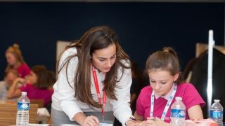 NOUVEAU : Elles Bougent lance le Hub éducatif