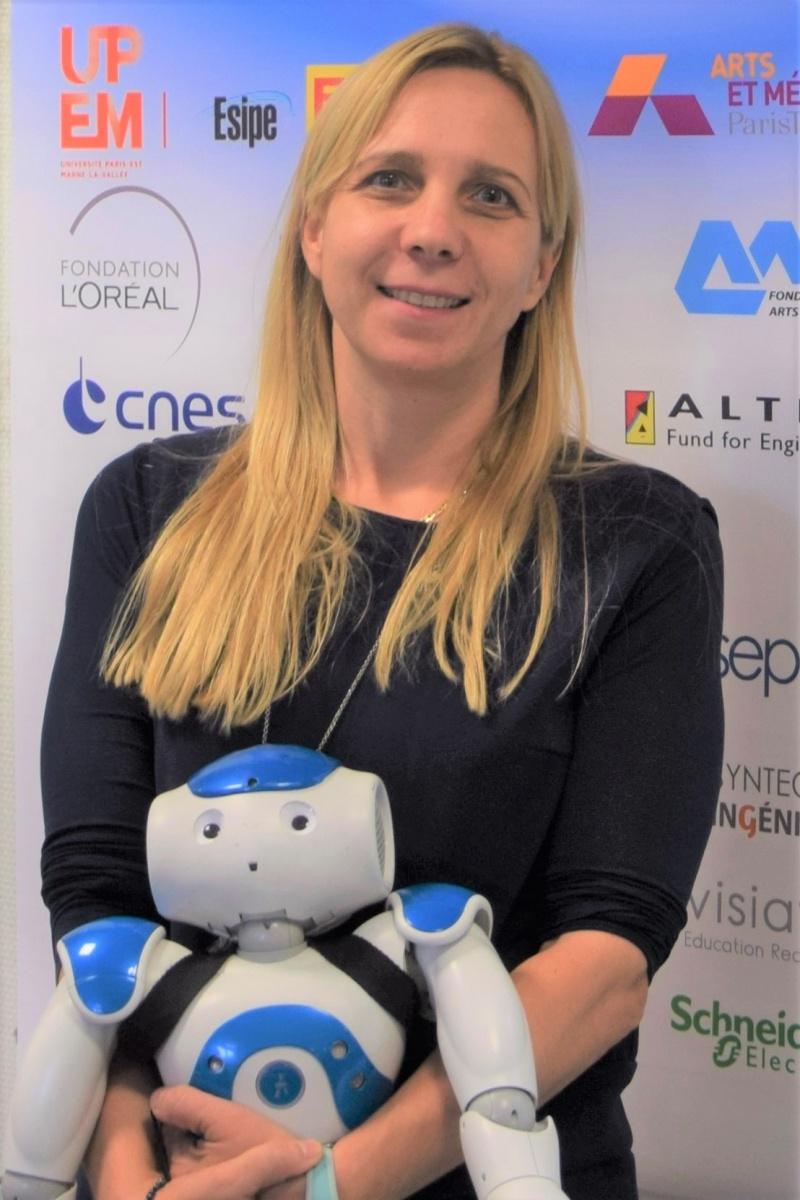 Florence Marneau, coorganisatrice des Sciences de l'Ingénieur au féminin à l'UPSTI avec Elles Bougent