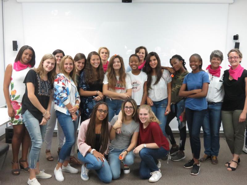 Les SI au Féminin en France et à l'étranger, même à Cuba, avec l'UPSTI