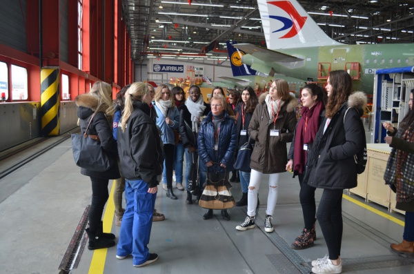 Girls on the Move week 2018 : WOMEN CAREERS & BUILDING AIRPLANES avec Airbus à Hambourg