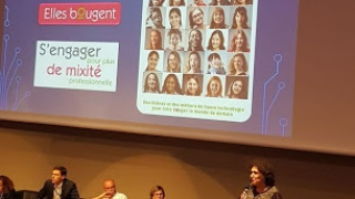 Inventeurs et Inventrices en herbe à la Finale Académique des Olympiades des Sciences de l'Ingénieur le 26 avril au CEA/ Minatec à Grenoble.