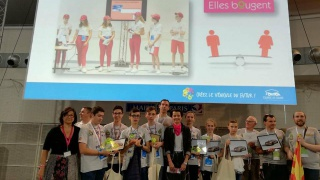 Finale Course en cours : Bravo à l'équipe Ribasabaltes, lauréate duPrix Elles Bougent