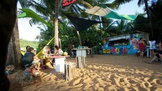 Afterwork Coco Soda pieds dans le sable