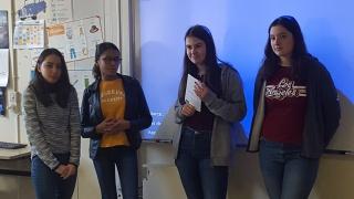 Deux marraines à la rencontre des jeunes filles du Collège de l'Ardillière de Nézant !