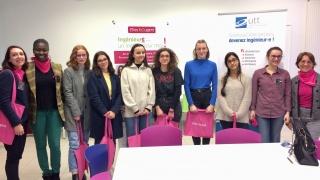 """Table ronde Elles bougent et """"Le futur au féminin"""" à l'UTT"""
