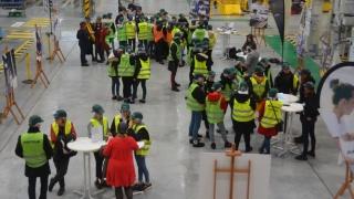 Visite du site Airbus de Bouguenais pour 50 jeunes filles