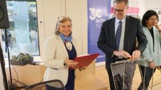 Renouvellement du partenariat  AEFE / Elles bougent