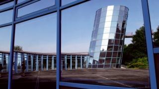 Conférence de présentation de la délégation régionale Franche-Comté d'Elles bougent au Congrès Indutriel de l'UTBM