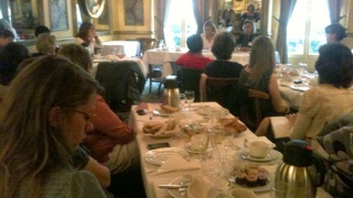 Petit-déjeuner inter-marraines avec Virginie Martin, sociologue