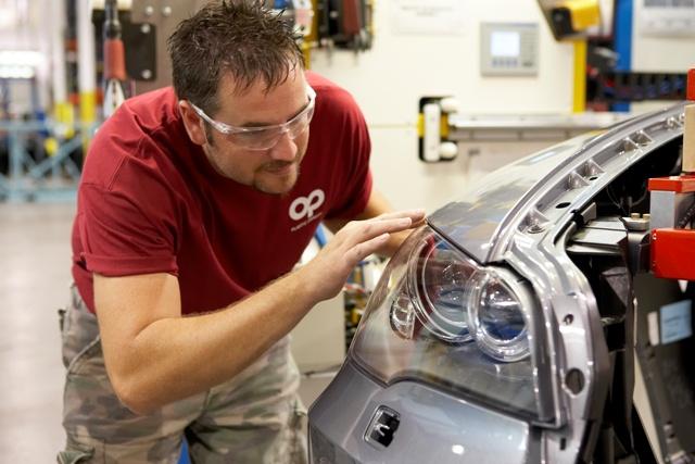 Photos de plastic omnium auto exterieur guichen 35580 for Plastic omnium auto exterieur services